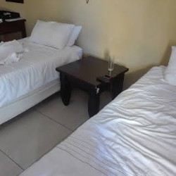 Salvador Luxurious Guest House +27848103487