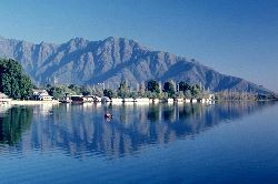 Fly from JHB to KAshmiri (India) Tour package - Highland Travels SA