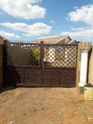 House for sale in Rosslyn gardens